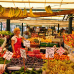 Discover the typical Rialto's Market with Venezia Arte's guides