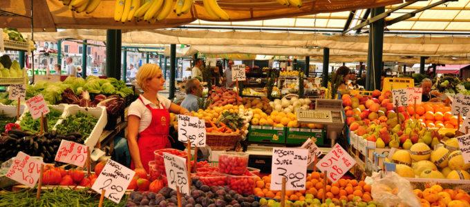 Scoprite il caratteristico mercato di Rialto con Venezia Arte